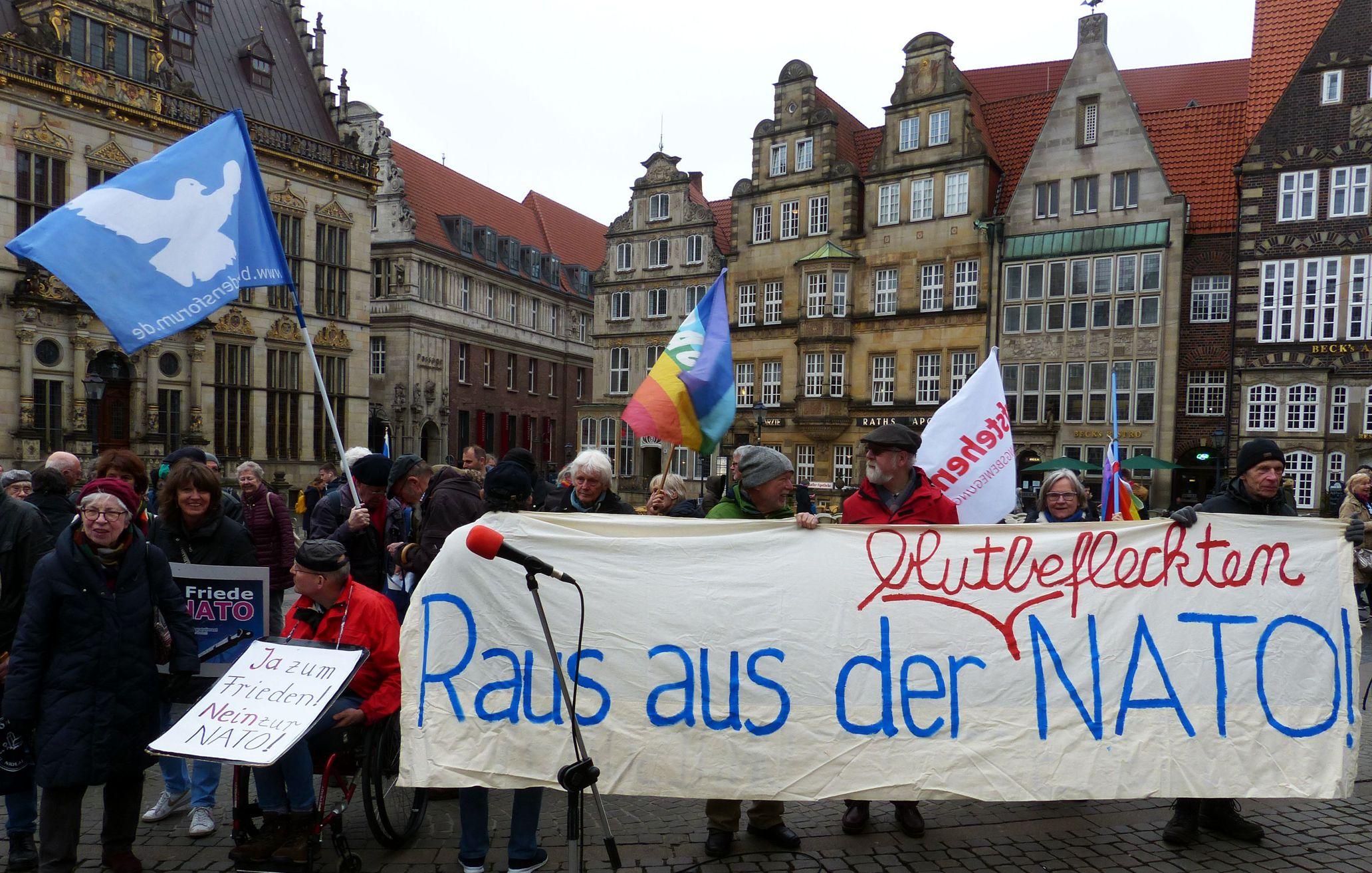 Mahnwache gegen Nato