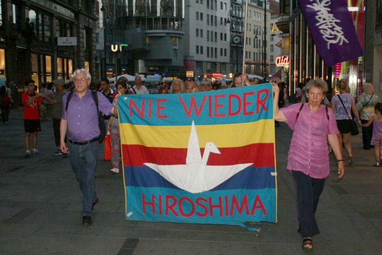 hiroshima aktion wien 2015